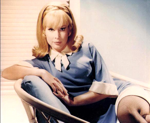 http://www.thisismyindia.com/entertainment/celebrities/images/barbara-eden/barbara-eden-8.jpg