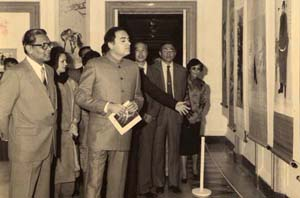 With Mr.Rajiv Gandhi at Chinese Exhibition