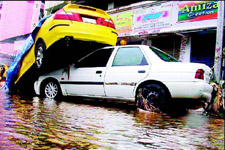 Pictures of Mumbai Flood,July 2005,India News