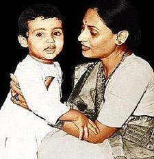Childhood Abhishekh Bachchan with Mother