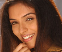 Asin, South Indian Actress, Tamil Film Star, Malayalee Film Star, Telugu Actress, Malayalee Actress, Telugu Movies, Tamil Cinema