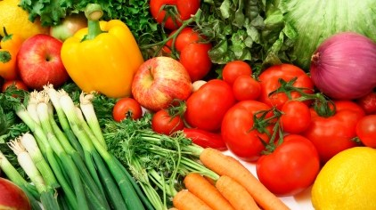 Vegetables and fruits to make skin glow