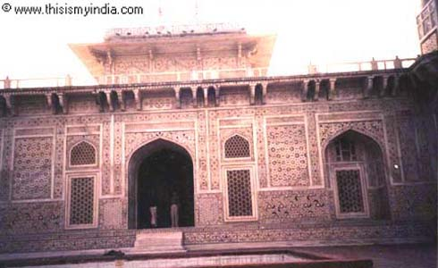 Agra fort India Images