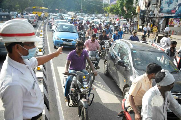Peak hour congestion on West Bengal Roads